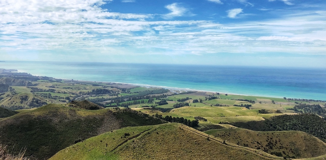 panoramic views overlooking the east coast south island new zealand